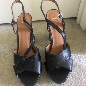 """H&M Black 4"""" heels"""